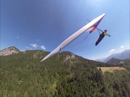 Schitterende deltavluchten boven het meer van Annecy!