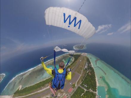 Skydiven boven de Malediven!